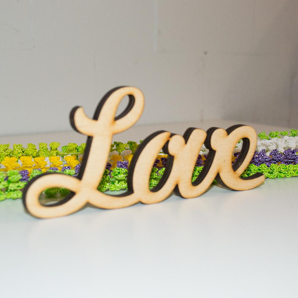 """Слово декоративное """"Love"""""""