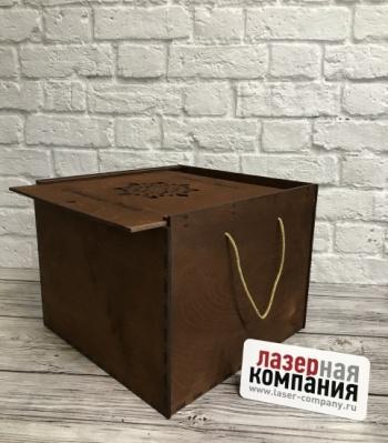 /internet-magazin/derevyannaya-upakovka/71440-bolshaya_korobka_dlya_podarkov.html